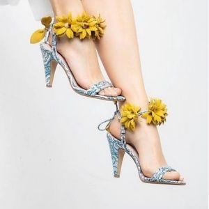 Cecelia New York Sonah Sandals